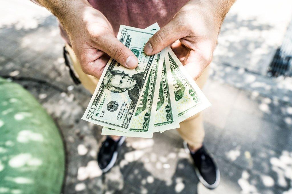 実質利回りの計算をする際に必要な年間支出