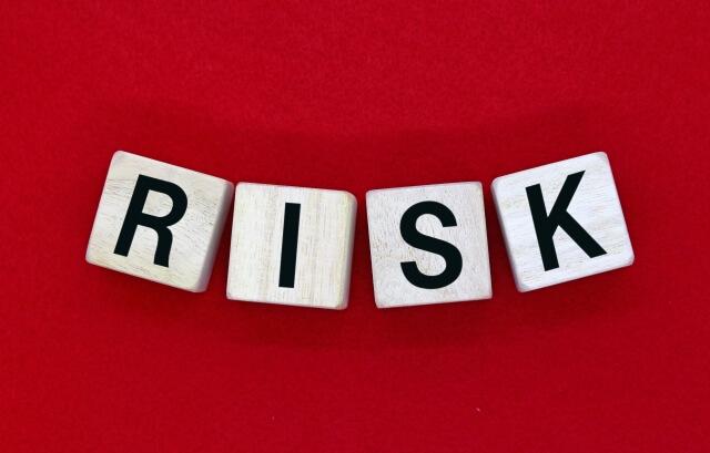 不動産投資で儲けるポイント4|リスク回避策を講じる