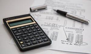 収支計画書を作成する